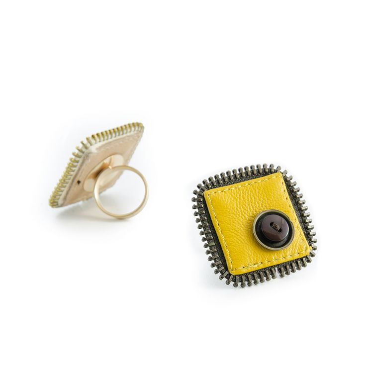 #ringyellow, #leatherring, #jewelsleather, #signal, #zip Buy this jewel in https://www.etsy.com/it/listing/222255521/anello-signal-in-pelle-gialla-base-oro?ref=shop_home_active_8