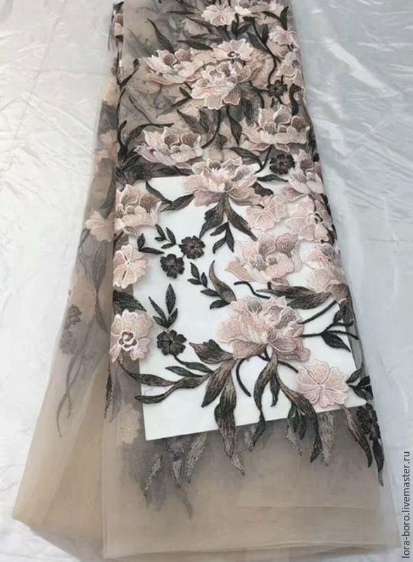 Купить Цветочная вышивка на бежевой сетке - бежевый, цветочная вышивка, вышивка на сетке