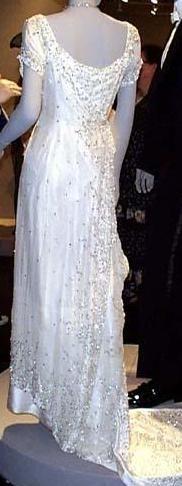 Rose's white Dress in Titanic