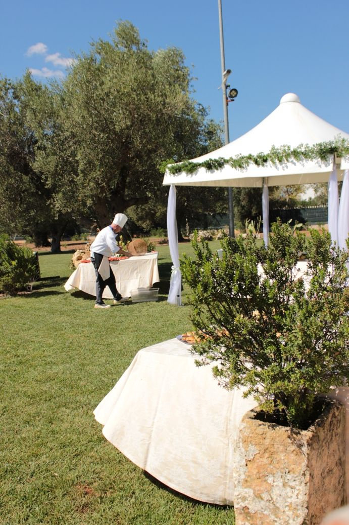 Chef at work - Wedding BUffet work in progress http://masseriacordadilana.it/