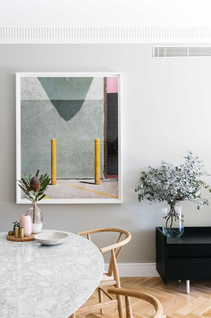 Design ideas to steal from a stylists' own home. Styling by Jono Fleming. Photography by Jacqui Turk. From the December 2016 issue of Inside Out magazine. Available from newsagents, Zinio, https://au.zinio.com/magazine/Inside-Out-/pr-500646627/cat-cat1680012#/ Google Play, https://play.google.com/store/newsstand/details/Inside_Out?id=CAowu8qZAQ, Apple's Newsstand, https://itunes.apple.com/au/app/inside-out/id604734331?mt=8&ign-mpt=uo%3D4, and Nook.