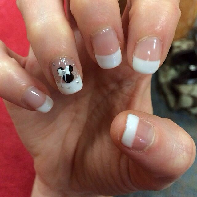Disney wedding nails. Wouldnt this look lovely with your dream Wedding Ring Set! Visit us at www.LaurieSarahDesigns.com