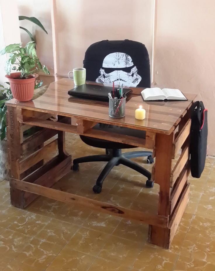 pallet desk, escritorio de pallets made by me,