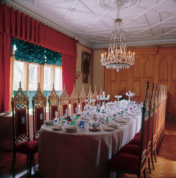 Петергофская дворцовая дача Коттедж