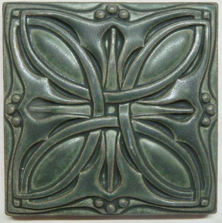 This Arts Crafts style knot tile would be an amazing backsplash tile in a craftsman design.