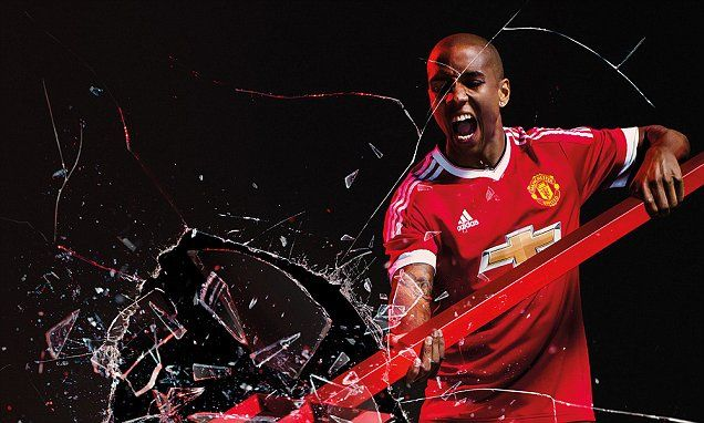 Ashley Young set to sign new £120,000-per-week contract at Man United