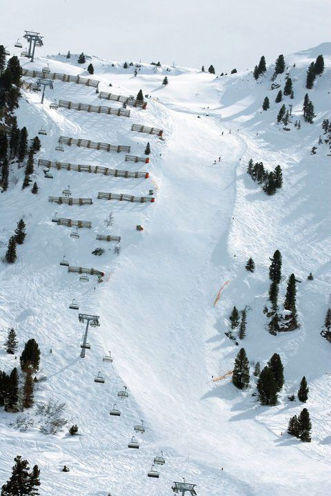 Harakiri, Mayrhofen, Austria (steepest groomed slope in Austria) did this last year with no problems! Winning!