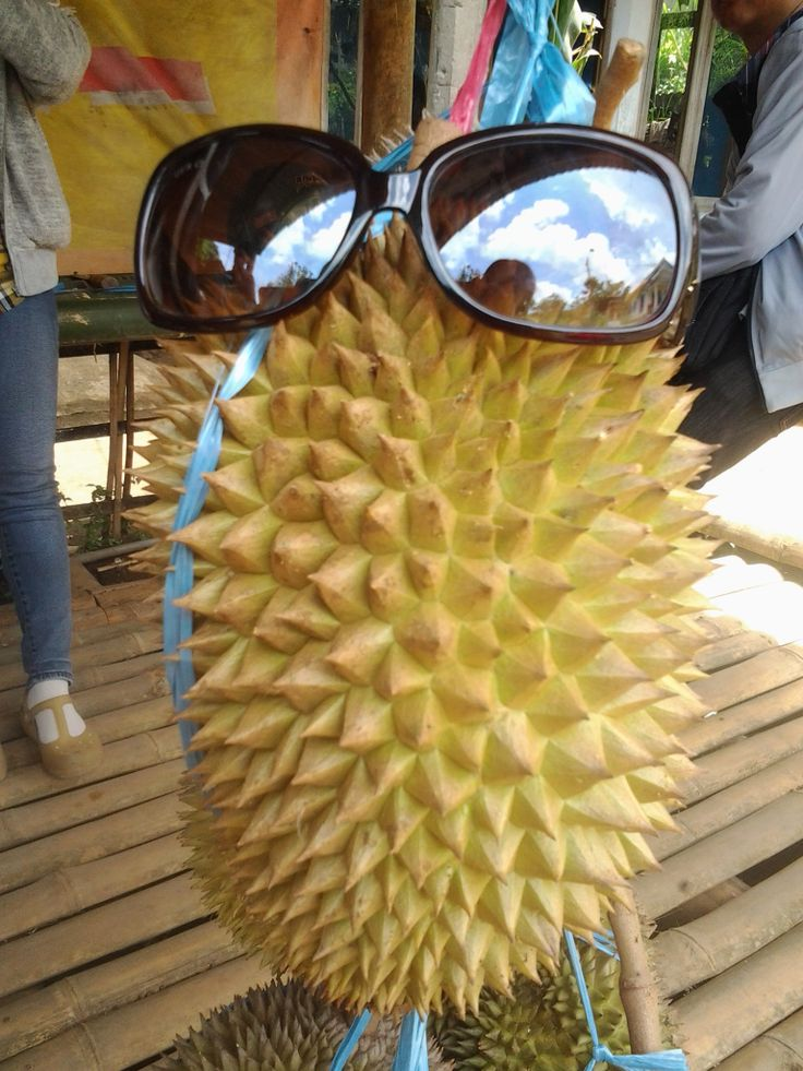 this is Durian...sweet yummy....with fancy glasses