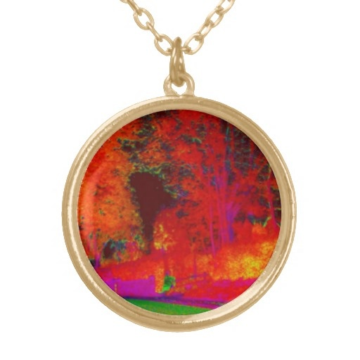 Glowing Forest Drive Necklace