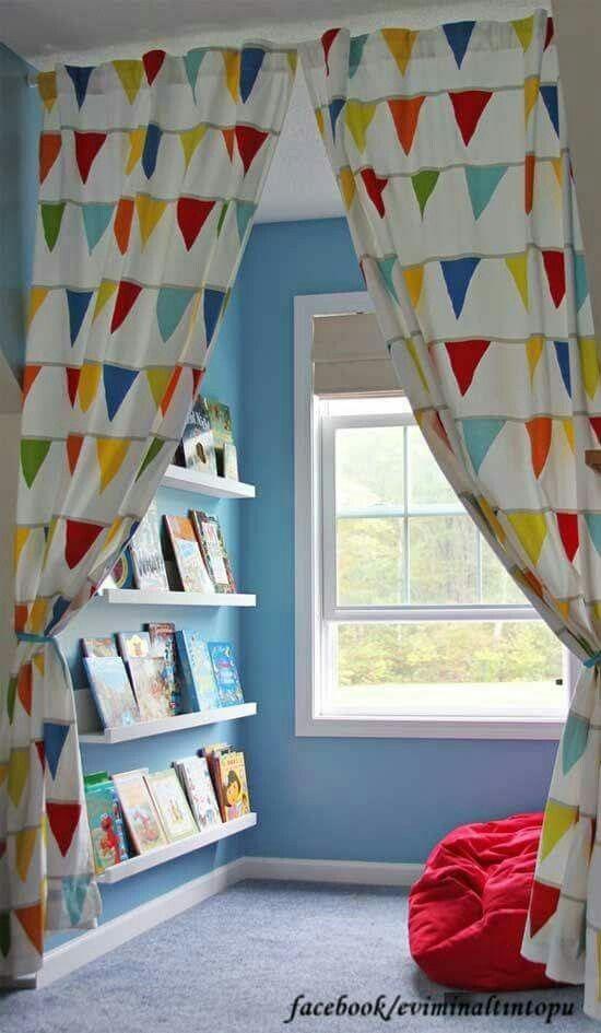 Çocuk odası okuma köşesi