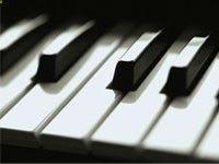 Piano Sheet Music Online: has an editor making and printing sheet music