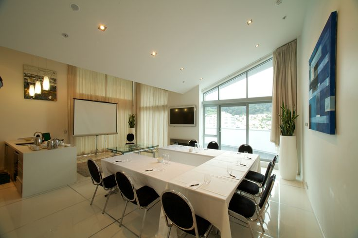 At Distinction Wellington the Penthouse Suite can also a meeting space