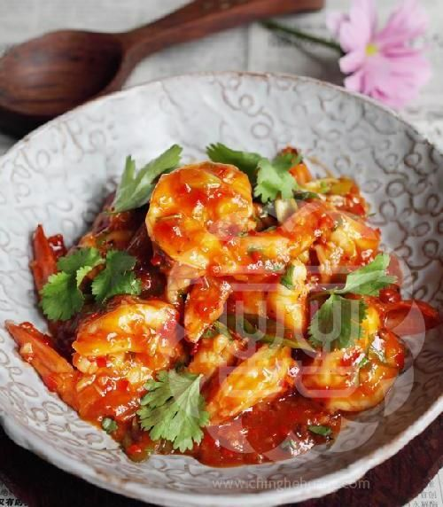The recipe - Ching-He Huang Chinese Cooking.  Hot Chilli Prawns