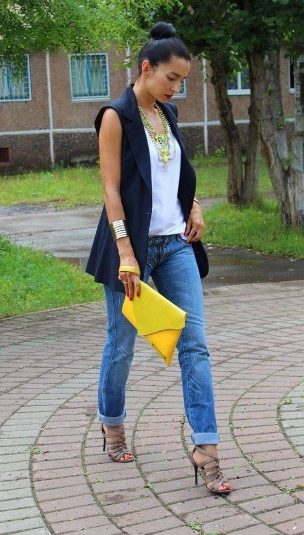 O colete comprido é uma peça coringa para looks mais frescos. | 16 ideias de looks para você mandar bem na entrevista de emprego