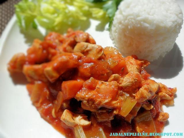 jadalnepijalne.pl: Potrawka z kurczaka w białym winie