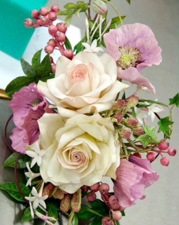 53 best Alan Dunn Sugar Artist images on Pinterest | Sugar flowers ...