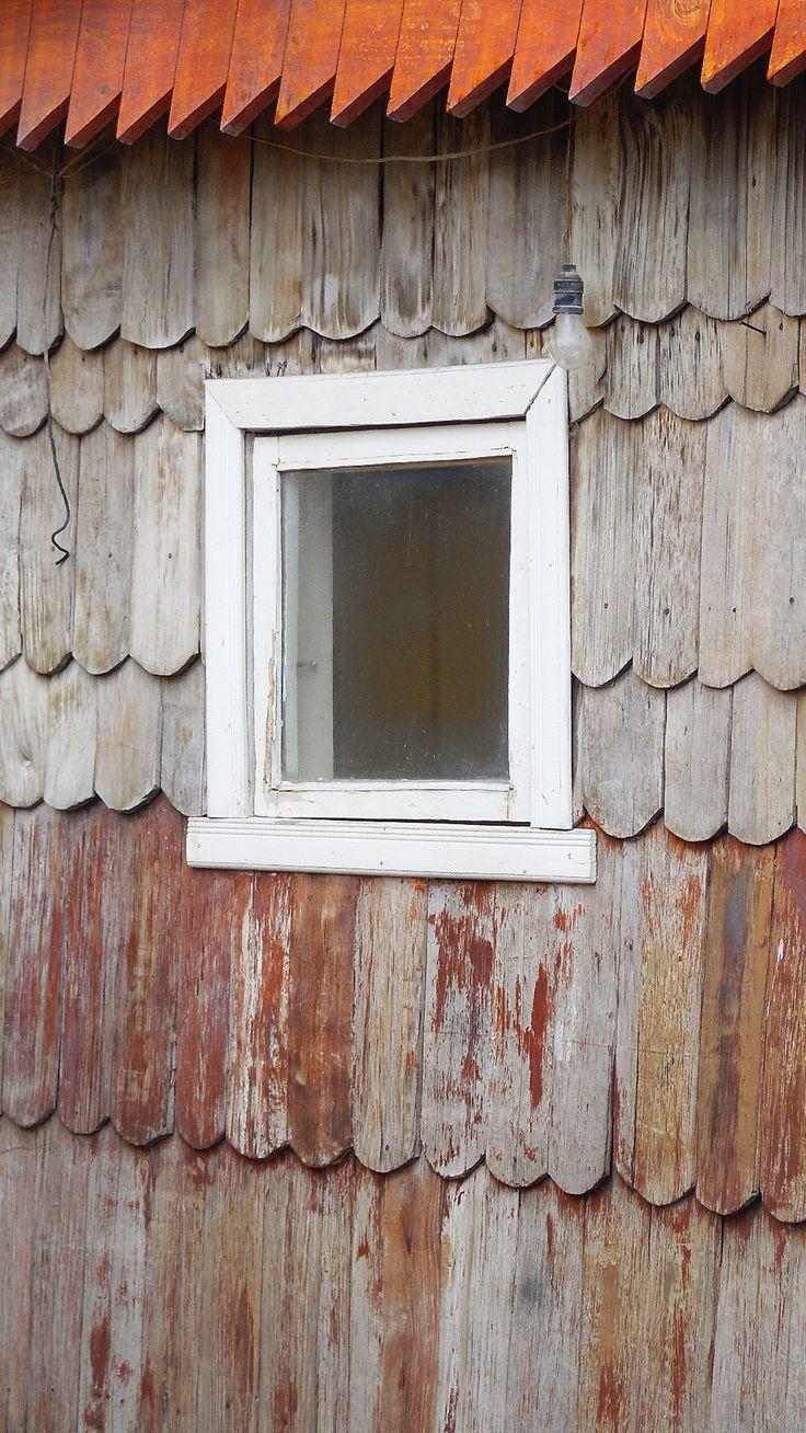 tejas o tejuelas en madera de alerce