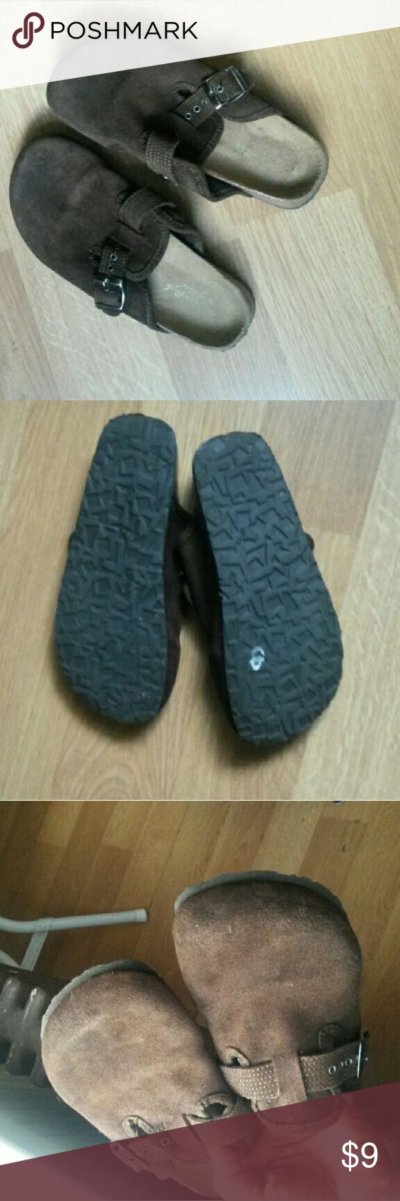 American Eagle Outfitters Brown Clogs Flats American Eagle Outfitters Clogs. Worn, in good condition. American Eagle Outfitters Shoes Mules & Clogs