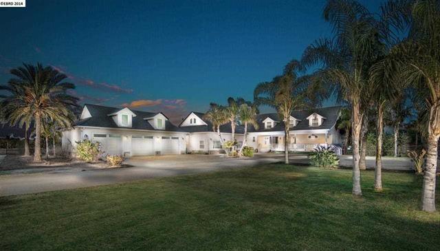 Price: $2,375,000   2210 HOFFMAN LN, Byron, CA 94514