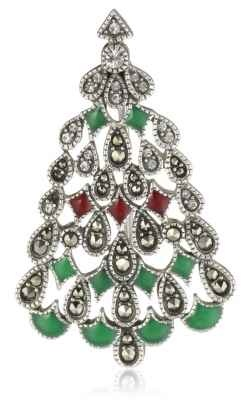 Christmas tree brooches and pins--a wonderful and welcome holiday gift for teachers, sisters, mothers and grandmothers! Rhinestone brooches are...