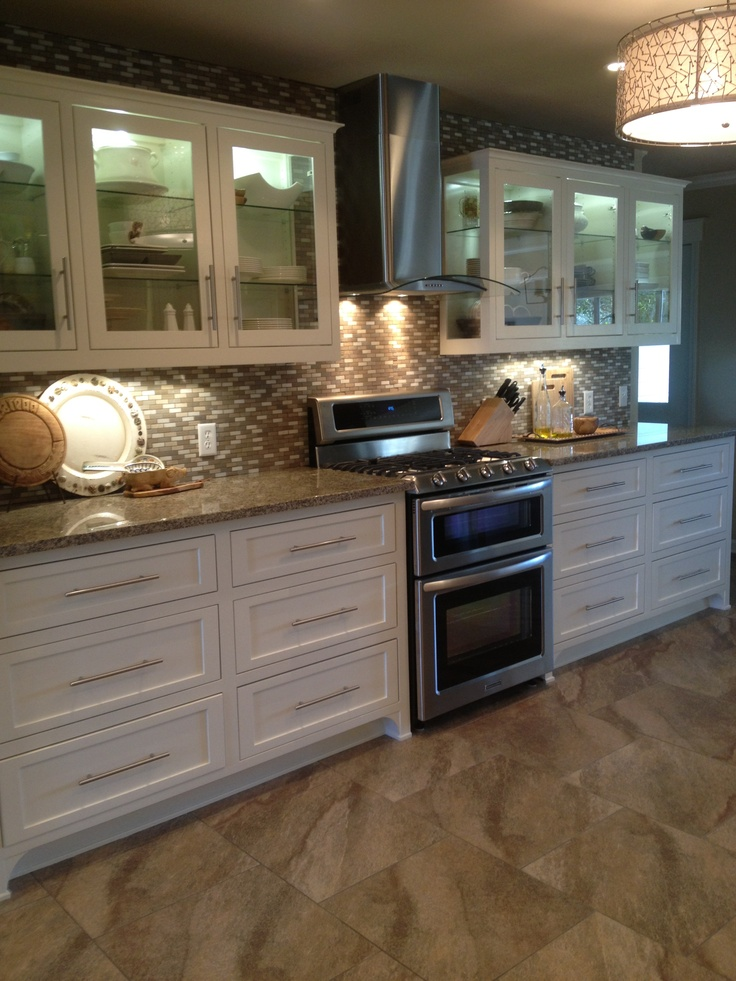 Remodeled farmhouse kitchen now we 39 re cookin for Kitchens now