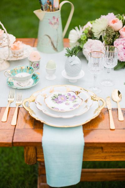 Watercolor Garden Wedding Inspiration: http://www.stylemepretty.com/canada-weddings/ontario/2014/07/17/garden-wedding-inspiration-at-pathways-to-perennials/ | Photography: http://www.rhythm-photography.com/