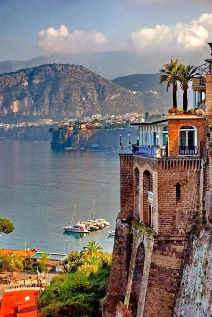 Sorrento, Italy.     Loved this place. !