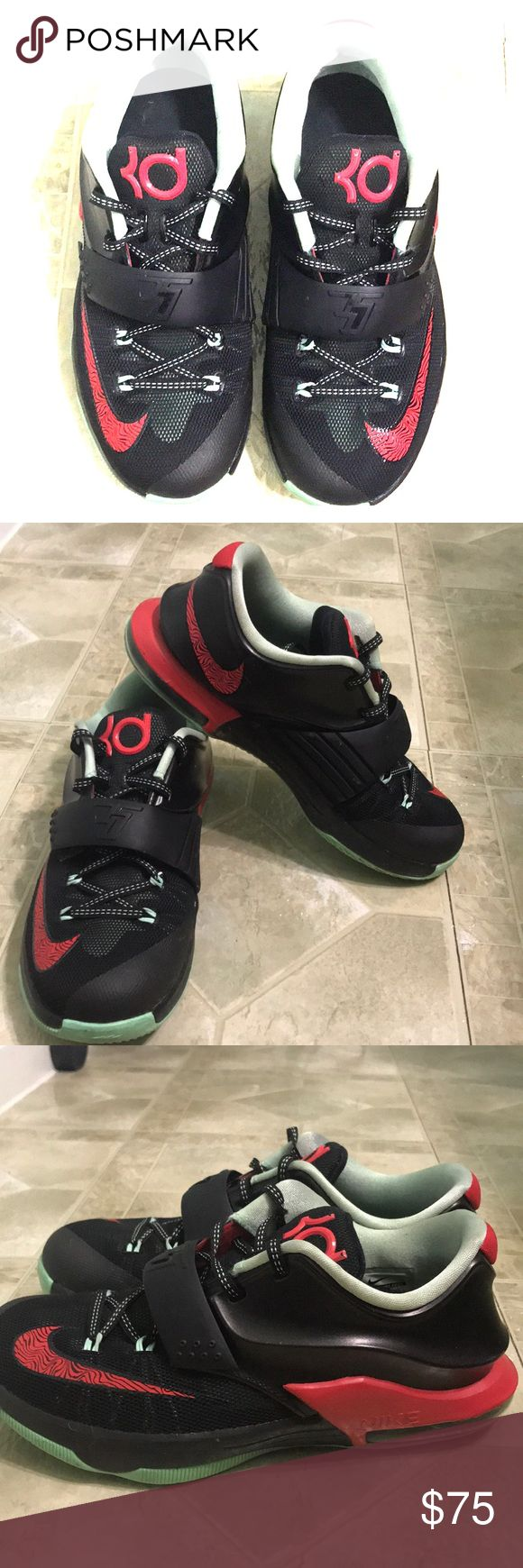 KD 7 Bad Apple Limited Edition Release date 10/04/2014 Black/Action Red - Medium mint Nike Shoes Athletic Shoes