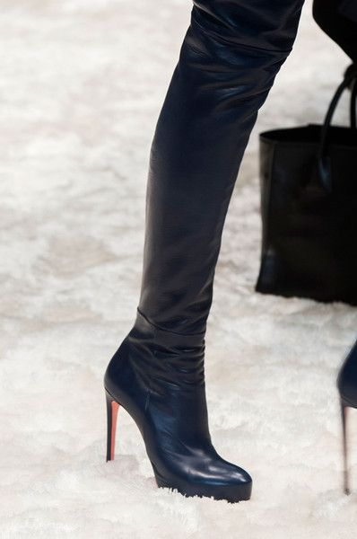 Boots 2014 trend report - right from runways! The latest collections  feature above-the-knee, slouchy, fur, lace-up and printed 2014 trends Check  them out!