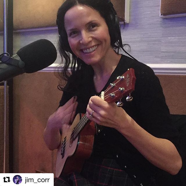 Baby Corr and her regular-sized guitar @andreacorrofficial #andreacorr #thecorrs #ukulele #studio #irish #singer #songwriter