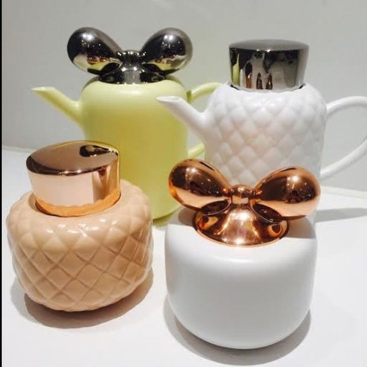 Nica Zupanc designer - coffee set - beautiful : I find the SHAPES and the COLOURS so gorgeous !