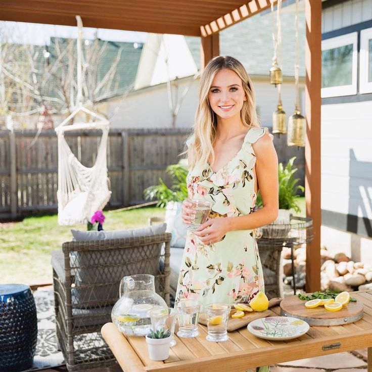 Lauren Bushnell has remained pretty tight-lipped about her breakup with former The Bachelor star Ben Higgins -- until now. #TheBachelor #Bachelor
