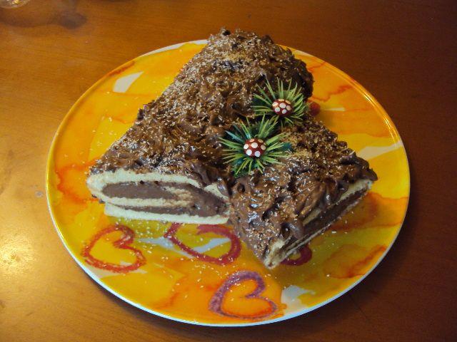 #Tronchetto di #Natale http://blog.giallozafferano.it/lepassionidimammailaria/tronchetto-di-natale/