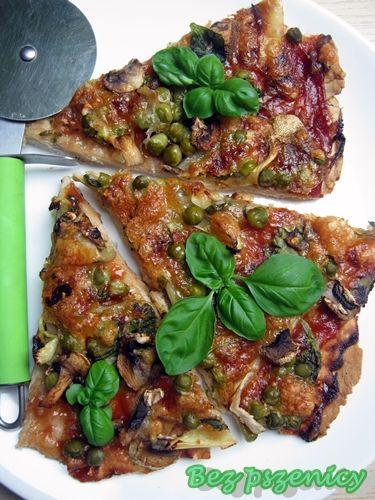 Bez Pszenicy: Żytnia pizza z pieczarkami i innymi dodatkami