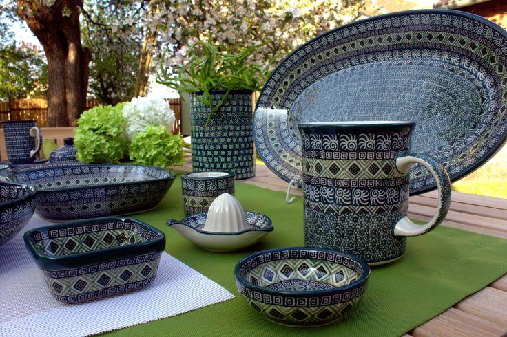 Handmade Polish Pottery from our shop ELIMA . Boleslawiec . Green pattern .