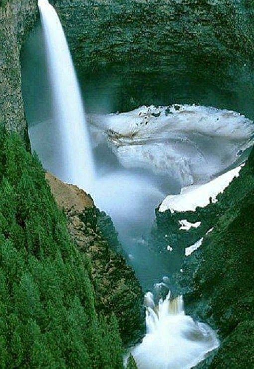 Helmcken Falls,British Columbia, Canada