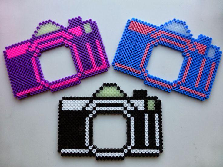 camera's van strijkkralen, leuk als fotolijstje
