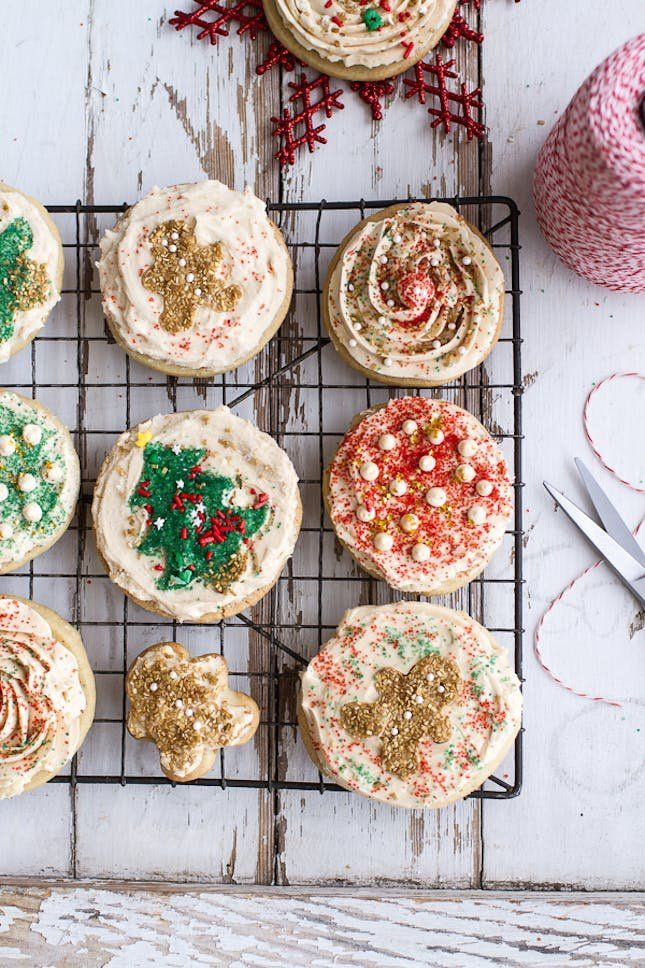 Drooling over this Easy Slice 'n' Bake Vanilla Bean Christmas Sugar Cookies With Whipped Buttercream Frosting recipe.