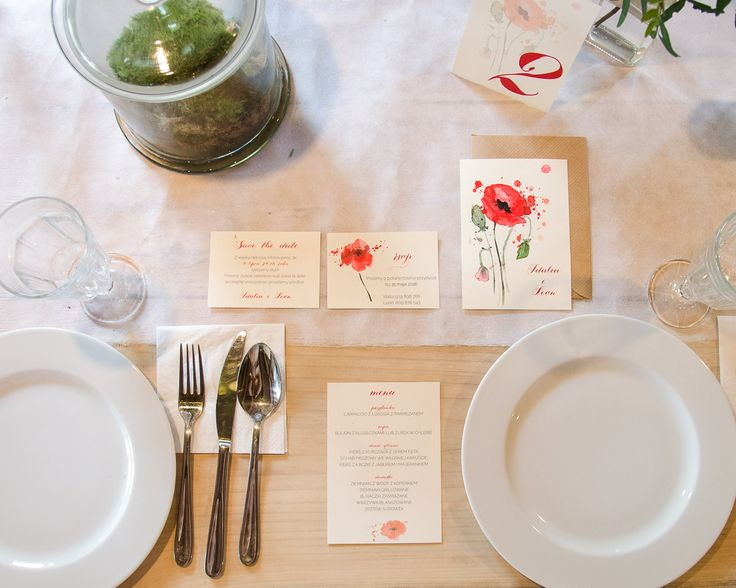 Wedding stationery with poppies www.zonamodna.com
