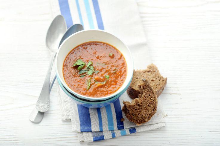 Deze soep kun je goed van te voren bereiden. Maak eens een extra portie om in te vriezen - Recept - Allerhande