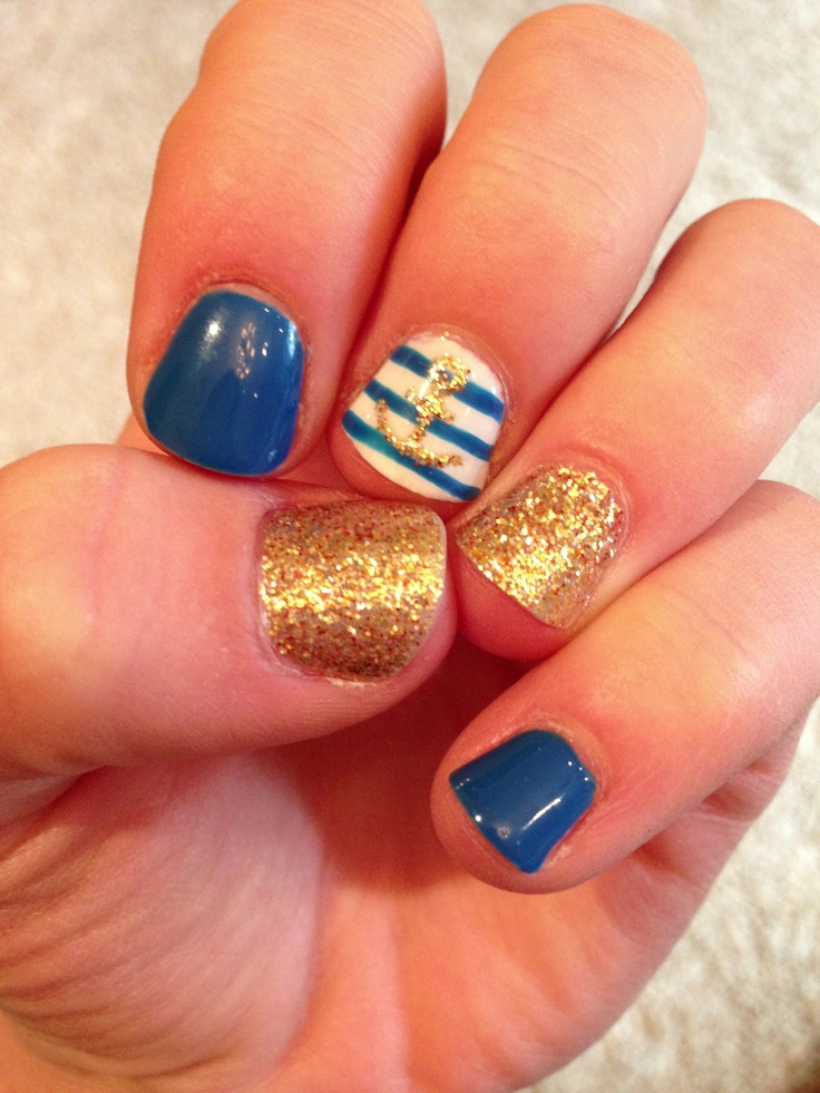I really want to do my nails like this when I go on vacation!