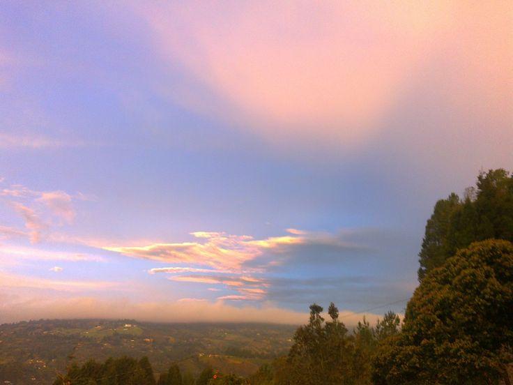 amanecer impresionante paisaje montañas