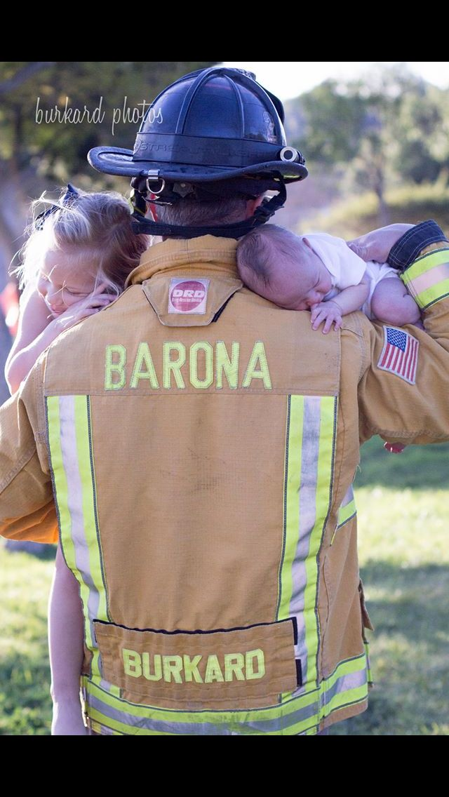 Newborn firefighter photography Father daughter photography #burkardphotos Www.burkardphotos.com