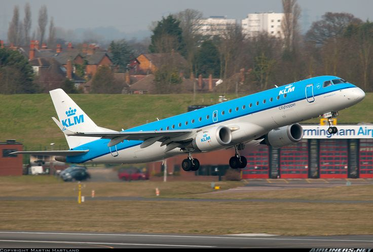 Embraer ERJ-190STD, KLM Cityhopper, PH-EXB, cn 19000658, 100 passengers, first flight 1/2014, KLM Cityhopper delivered 16.3.2014. 7.6.2016 flight Amsterdam - Nurnberg. Foto: Birmingham, United Kingdom, 12.3.2016.