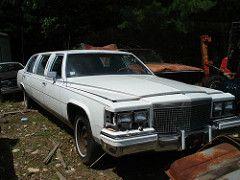 1987 Cadillac Limousine (carcrazy6509) Метки: брошенных автомобилей двор остров автомобиль 1987 Кадиллак ржавые Rhode спасательного лимузина