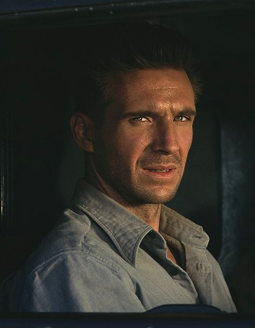 "w-4-lk-3-r: "" ralphfiennes-only: "" ""Ralph Fiennes as Laszlo de Almásy in The English Patient (1996) "" "" wow (っ˘ڡ˘ς) """