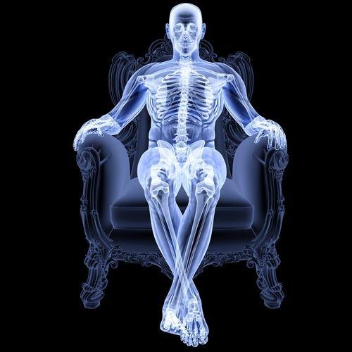 Skeleton , sentado , trono , sofa