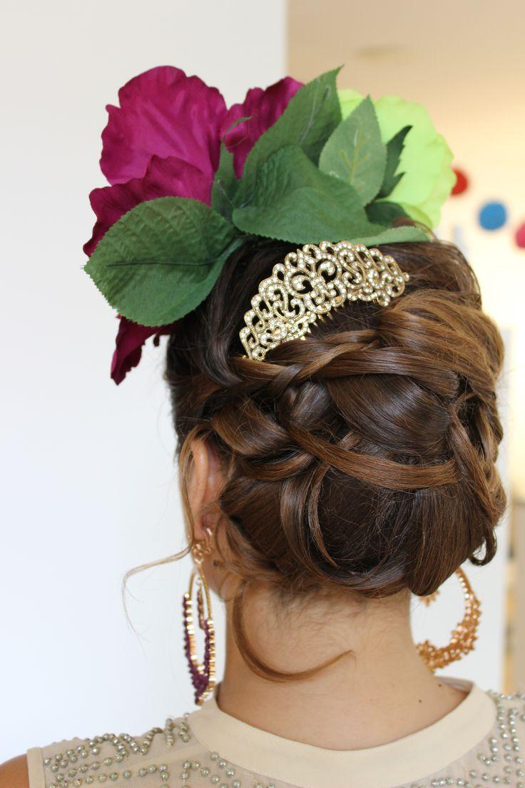 M s de 25 ideas incre bles sobre peinado flamenca en - Ideas para porras ...