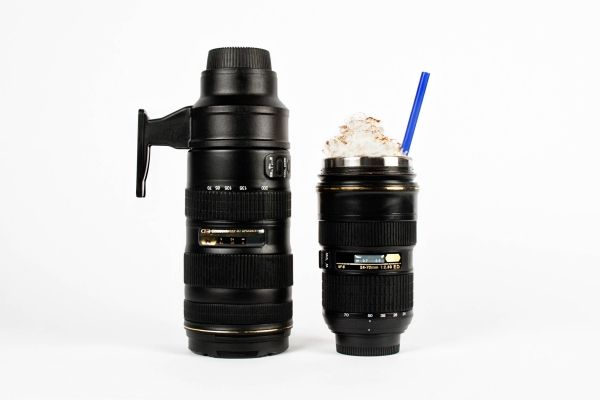 Nikon Camera Lens Mugs - Nikon lens mugs! A Telephoto thermos and a zoomable travel cup for the photog on the go. ($30.00, http://photojojo.com/store)