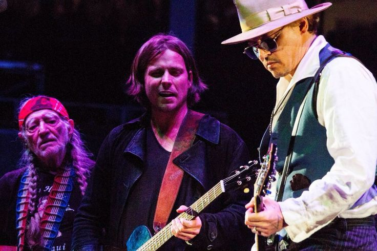 Johnny Depp Playing Guitar With Willie Nelson And His Son